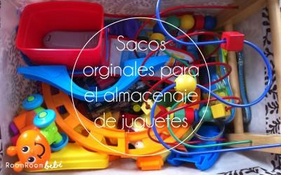 Sacos originales para el almacenaje de juguetes en una habitación infantil
